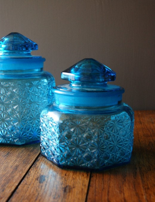 On Sale Gorgeous Vintage Aquamarine Glass By Susantique