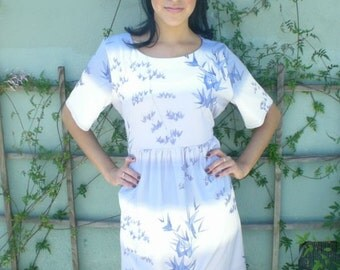 Vintage 60's Day Dress. Blue and White Boho Dress. Leaves. Bamboo.
