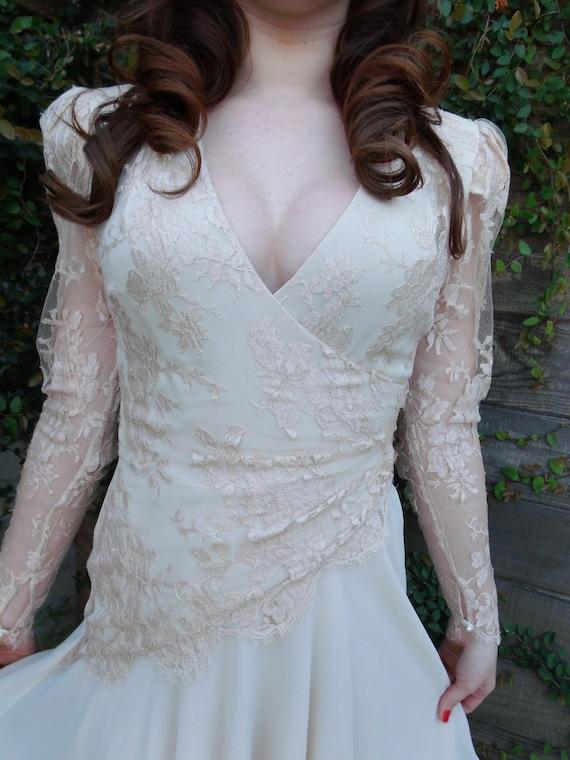 Vintage Cream Lace Tierd Cocktail Evening Dress. Pearl Detail. Wrap Dress
