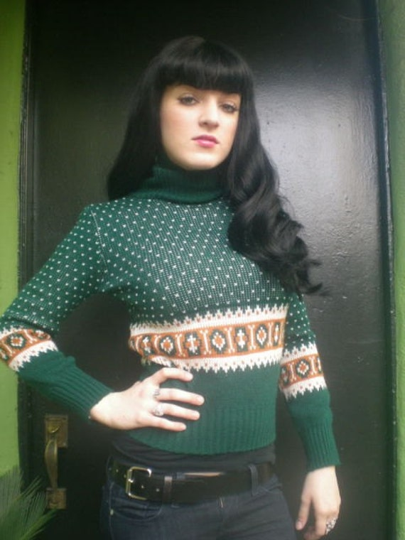 Vintage 70s Dark Green Turtle Neck Winter Ski Sweater