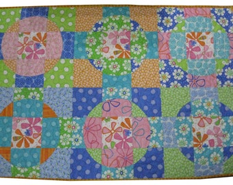 Baby Quilt in Bright Flower Geometric Circles