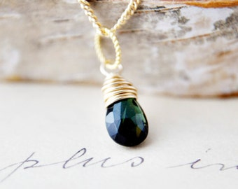 Gemstone Jewelry Forest Green Necklace Gold Pendant Simplistic PoleStar