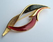Vintage Stylish Curved Red Black and Gold Pin Brooch