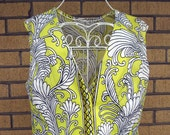 Vintage 60s 1960s Dress Yellow with Bold Bird Pattern Day Dress