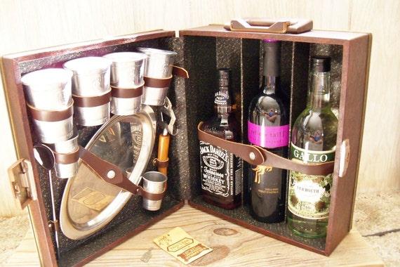 Travel Bar Portable Trav-L-Bar Ever Wear Leather With Key 1960