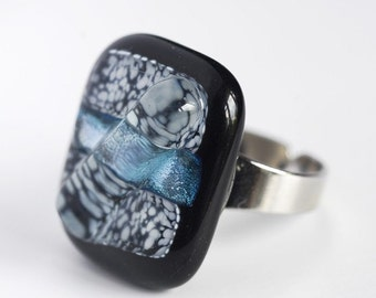 Fused Glass Ring / Adjustable Ring / Fused Glass Jewelry / Dichroic Fused Glass Ring / Statement Ring / Shiny Ring / Black Ring