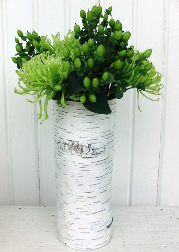 One large birch bark vase, Blanc