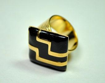 Black and gold statement ring enamel with zig zag on 24K gold adjustable ring base