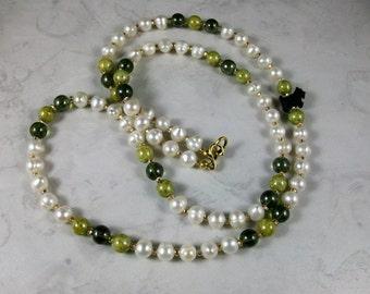 Simple Pearl and Vintage Green Glass OOAK Scottie Necklace and Earrings Set - 280ss