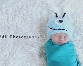 Baby Hat, Monster Hat, Blue Monster Newborn Baby Hat, Baby Photo Prop, Newborn Baby Hat, Photography Prop