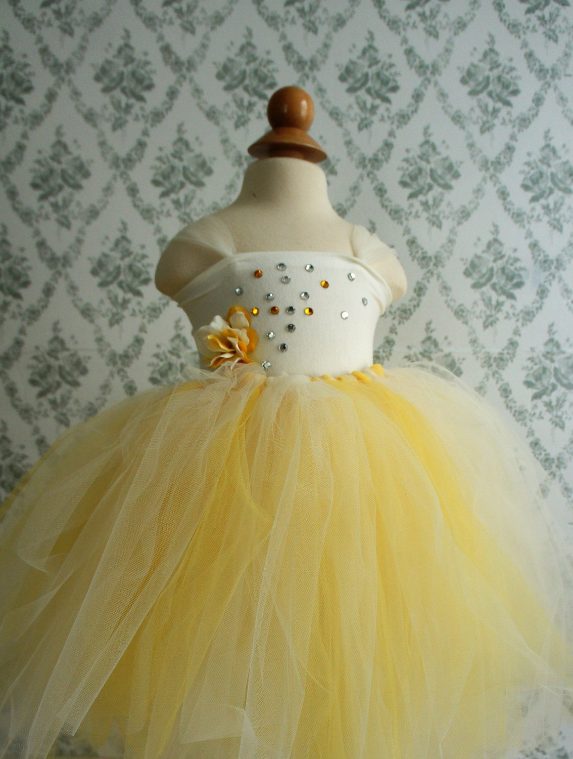 Flower Girl Dress Tutu Dress Tutu in Ivory and Yellow