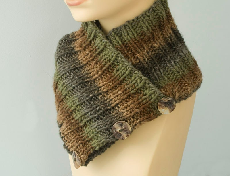 Hand Knit Neck Warmer with Shell Buttons Ribbed Cowl