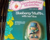 Vintage Strawberry Shortcake Figure - Blueberry Muffin with her Hoe