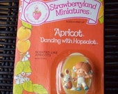 Vintage Strawberry Shortcake Figure - Apricot Dancing with Hopsalot