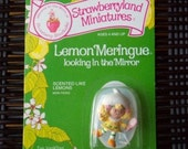 Vintage Strawberry Shortcake Figure - Lemon Meringue Looking in a Mirror