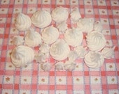 LIMITED 10 Pieces Japanese SILICONE Fluffy Piped White Whipped Cream or Frosting Kawaii Sweet Delicious Cab Cabochons