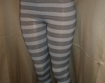 Cool and Fun to Wear Footless Strip Leggings with Matching Socks