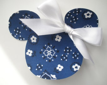 Adorable Minnie Mouse Applique Iron On