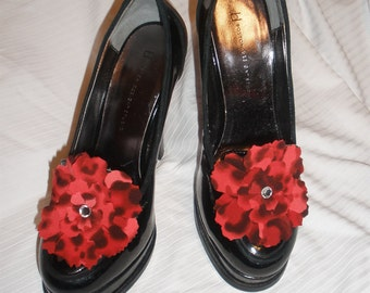 Attractive Fabric Flower w/ Rhinestone Shoe Stick On's Shoe Accessories for High Heels, Flat, Bridal Party, Women Shoes, Not Shoe Clips