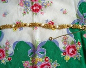 Vintage Lisner Pearl and Leaf Goldtone Bracelet