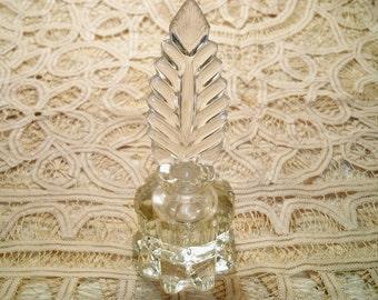 SALE! Vintage Art Deco Design L.E. Smith Glass Perfume Bottle