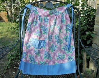SALE! Vintage 1950s Blue And Pink Floral Cotton Kitchen Apron