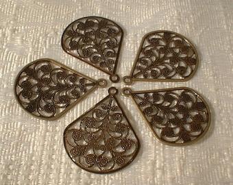 Antique Bronze Filagree Drop Pendants, 29X23mm, 10 Pcs.....No. 04020