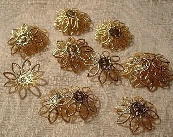 Flower Bead Caps, 22mm, Goldplated, Adjustable, 30 pcs.    No. 85710GP