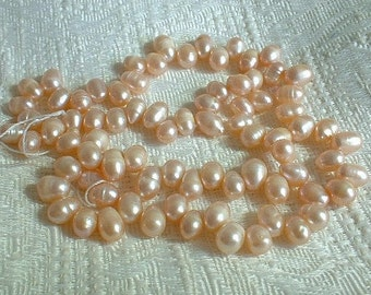 Freshwater Pearls, Drops, 5-6mm, Soft Peach, 1 strand