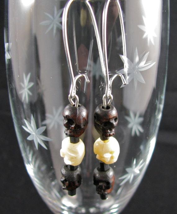 Gothy Skull earrings resin, glass, silver