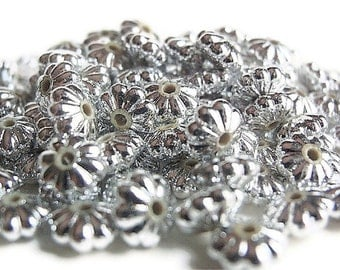50 Beads, Jewelry Making Supply  , 50 Silver Plated Flower shaped Round Rondelle 6 mm diameter X 3mm Thick