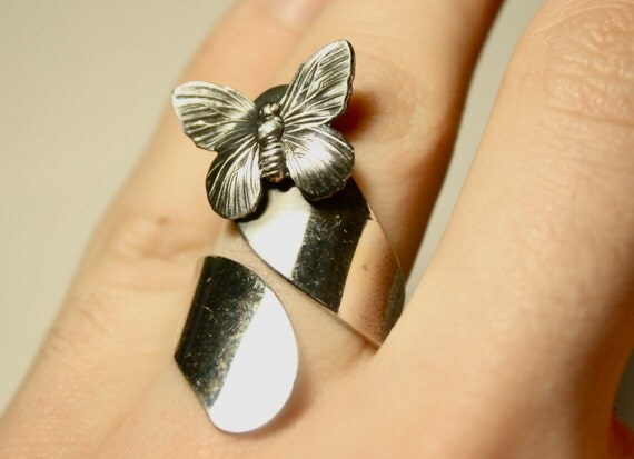 Silver Tone Butterfly Wrap Around Ring Size 9.5