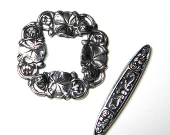 Antique Silver Floral Waterlily Toggle by Trinity Brass (F333)