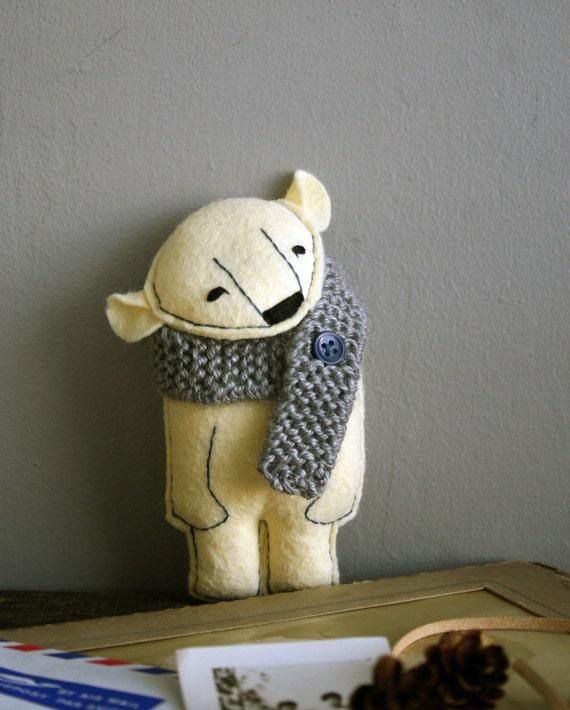 yannick. a prepared polar bear.