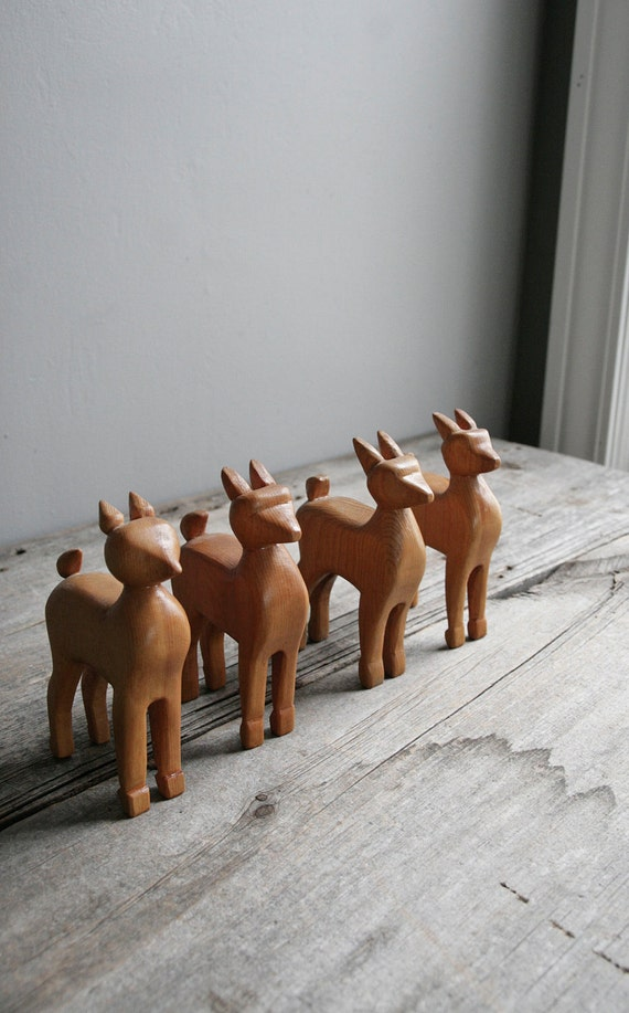vintage folk art deer