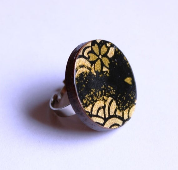 Midnight in Kyoto Ring - Black and Gold Japanese Chiyogami Yuzen Paper Wave Design and Laser cut Tasmanian Myrtle Wood Timber