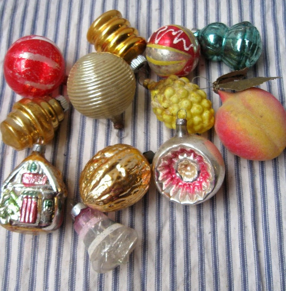 12 Christmas Ornaments Vintage Glass Balls Shiny By