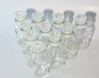 6 -Vintage -Glass -Spice- Herb- Bottles - Jars- Art -Craft