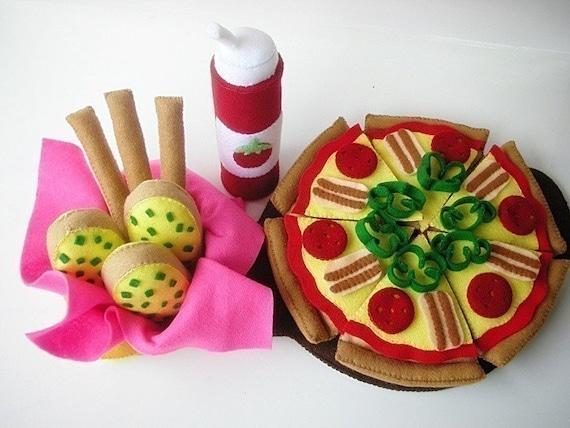 Happy Pizza  PDF Felt Food Sewing Pattern