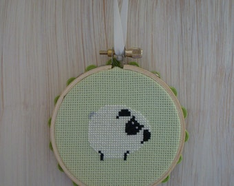 Baby Sheep Cross Stitch Mini Hoop Decoration - Perfect for Spring, Easter, or Baby's Room