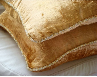 "Handmade Gold Decorative Pillows Cover, 16""x16"" Velvet Pillows Covers For Couch, Square  Solid Color Beaded Cord Pillow Cover - Gold Shimmer"