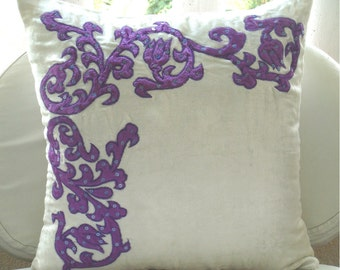 "Handmade  Applique Damask Pillows Cover, Ivory Decorative Pillow Cover Velvet Pillow Covers, Square  20""x20"" - Purple Applique"