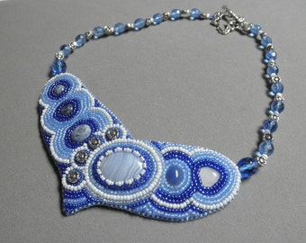 Bead embroidered agate and lapis necklace by Galeandra