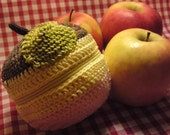 Teacher's Pet knit and crochet fruit protector pouch - NEAPOLITAN ICE CREAM