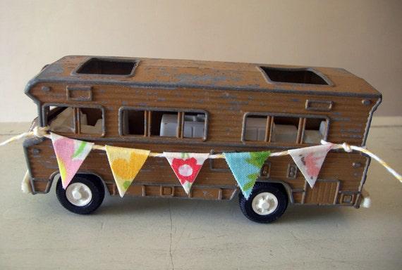 Tootsie Toy CAMPER, Recreational Vehicle, Groovy 1970