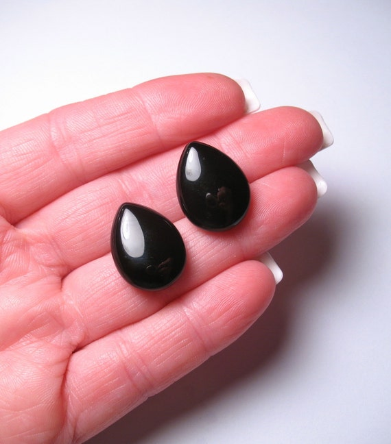 Fat Petal Calibrated In Size Black Spinel Briolette Half Drill Matched Pair Beads