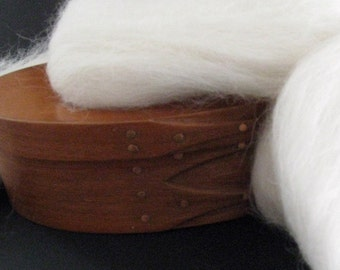 Ecru/Undyed/Natural White Alpaca wool roving, spinning fiber - 4 ounces