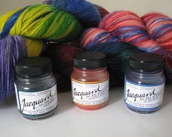 Learn to dye yarn kit - 4 oz wool sock yarn and 3 jars Acid Dye (just use vinegar and heat)