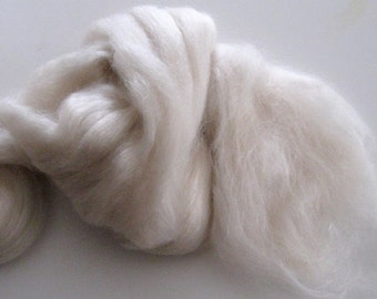 Camel / Merino / Silk Wool Roving, Spinning Fiber - Ecru / Undyed / Natural - 2 ounces