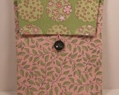 iPad 2 & 3 case sleeve cover padded Pink Green Floral Leaves